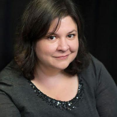 Photo of Rachel Roumeliotis
